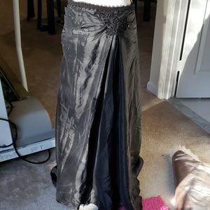 Dresses & Skirts - Vintage Maxi high low satin black skirt